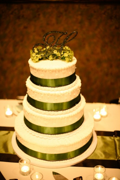 PIP Your wedding cake (NBR) — The Bump